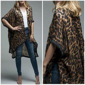 Leopard Kimono Border Open Wrap
